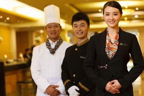 Thực tập hưởng lương tại Singapore.